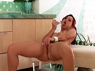 Unbelievable pussy pleasing with solo girl Karlie Montana