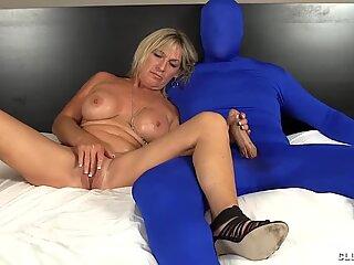 Milf Loves Tweaking Muff Stroking Big Cocks