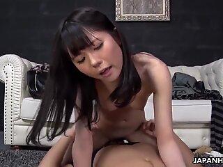 Japanese darling Mai Araki is moaning, uncensored