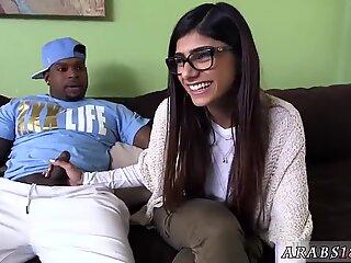 Mature arab mom and dick Mia Khalifa Tries A Big Black Dick