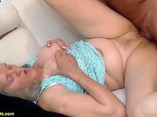 92 years old granny doing deepthroat