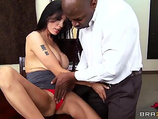 Delicious brunnete mature Shay Sights defusing tension after work