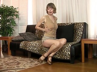Jamie Foster and her shaved pussy
