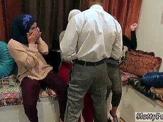 Fucking chums mom hidden camera xxx Hot arab women attempt foursome
