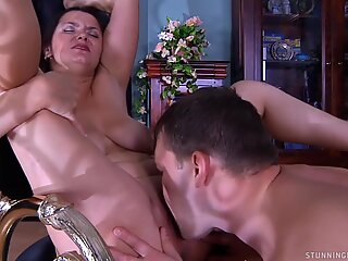 Russian Mature - Emilia legal