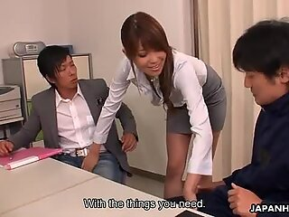 Sensual Yuno Hoshi seduces two dads in office
